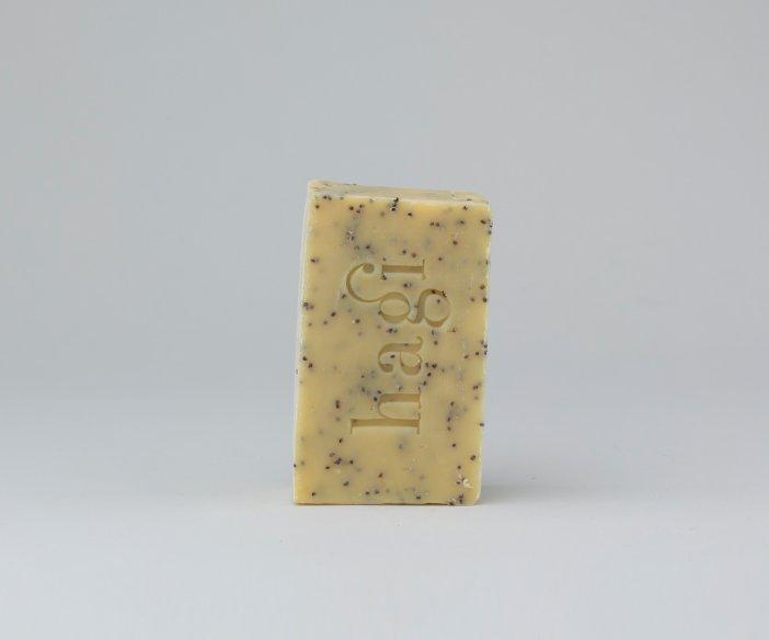 Hagi Cosmetics - Mydło w kostce z olejem z rokitnika i peelingiem makowym