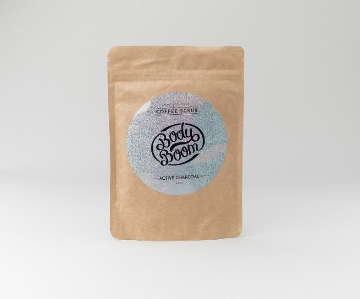 Body Boom - Peeling kawowy Magiczny Węgiel o działaniu oczyszczająco-wygładzającym