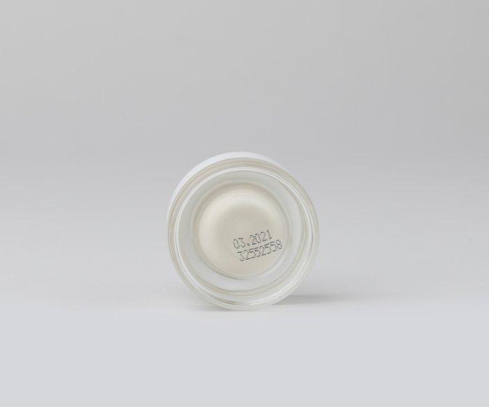 Miya Cosmetics - Upiększający rozświetlacz do twarzy o ciepłym, złocistym odcieniu